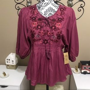 VAC by Nine West Embroidered Blouse NWT XS